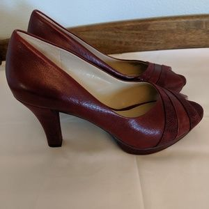 Naturalizer Denyse Dark Red leather peep toes